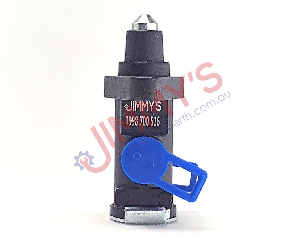 1998 700 516 – Solenoid valve