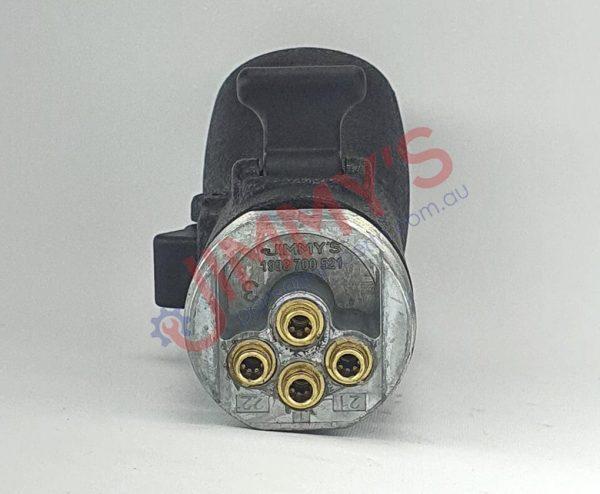 1998 700 521 – Gear Shift Knob