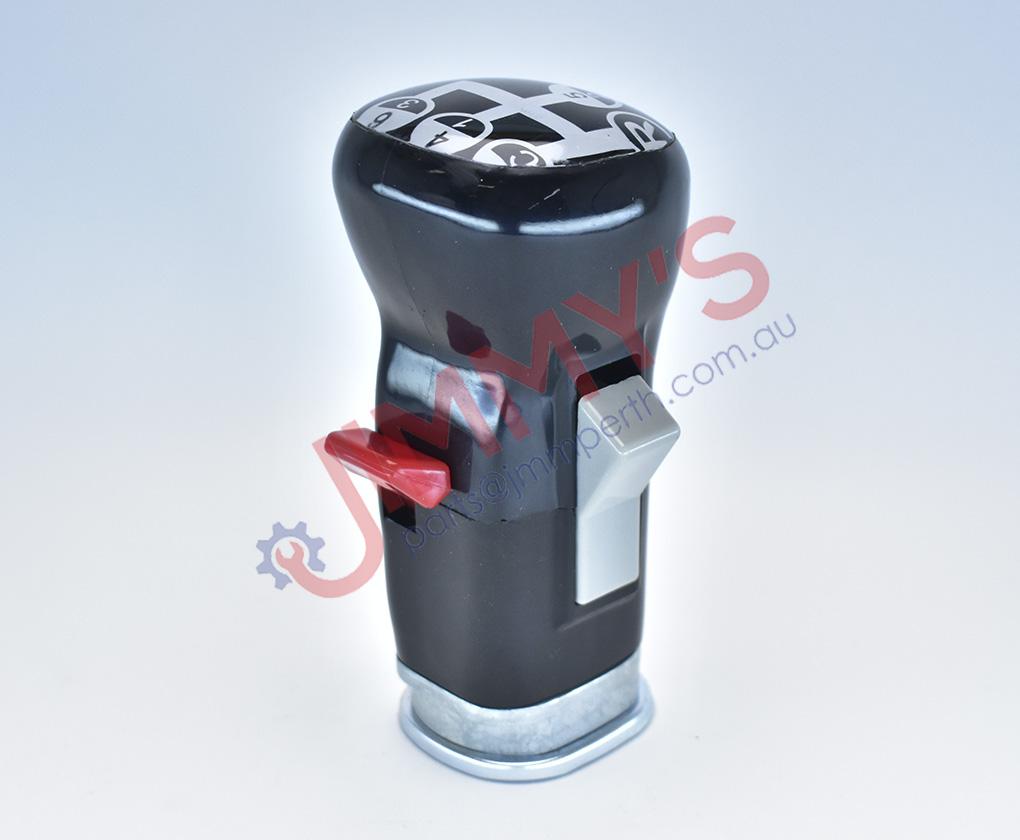 1998 700 504 – Gear Lever Knob